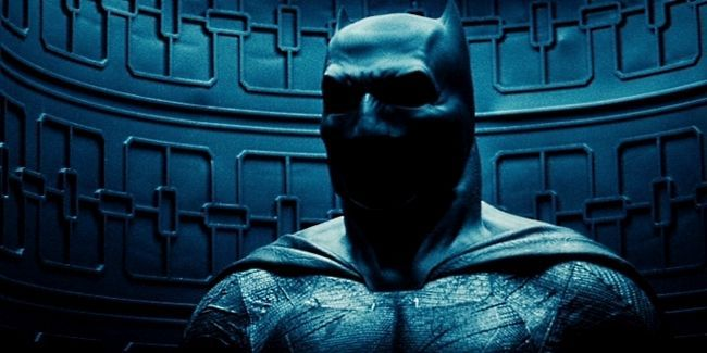 Batman-v-Superman-Teaser-Nueva-Bat-traje-Capucha