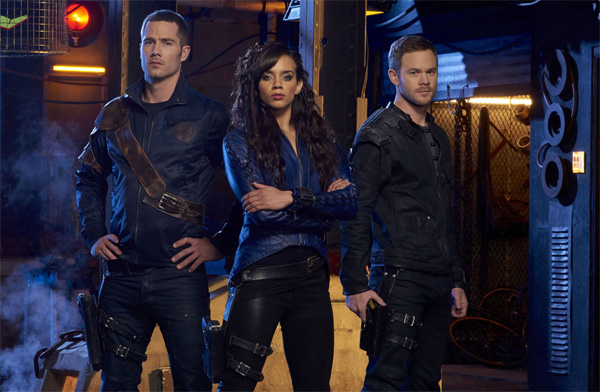 Killjoys Staffel 2 Erscheinungsdatum Photo